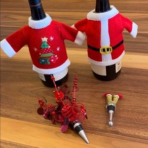 Holiday Wine Accessories Pack